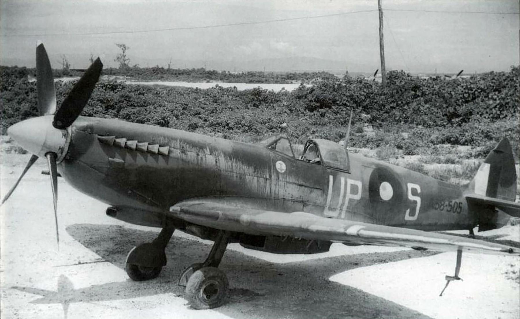 Spitfire LFVIII RAAF 79Sqn UPS A58 505 Morotai 1945 01
