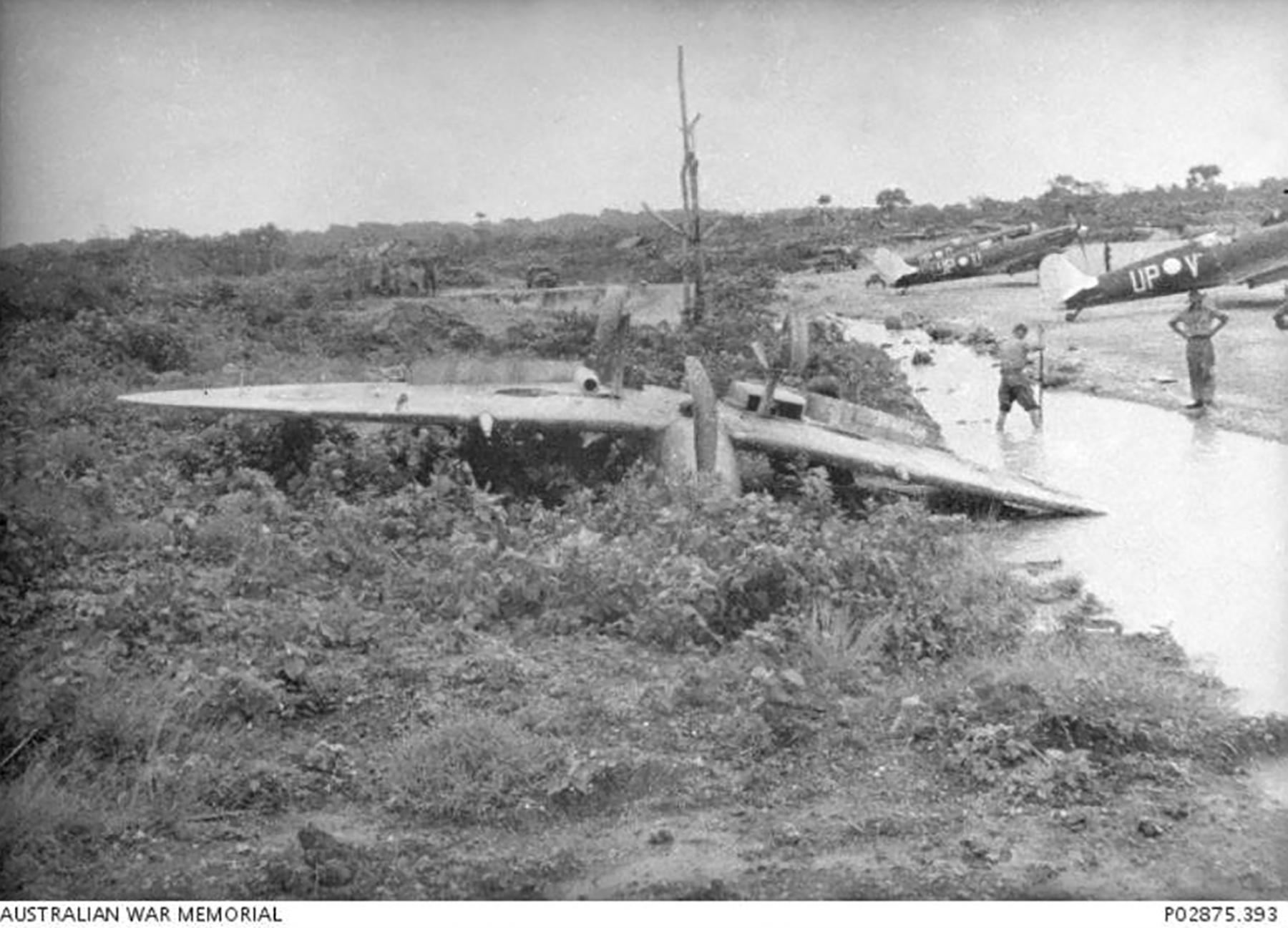 Spitfire MkVc RAAF 79Sqn UPG A58 178 landing accident Kiriwina 12 Jan 1944 AWM 01