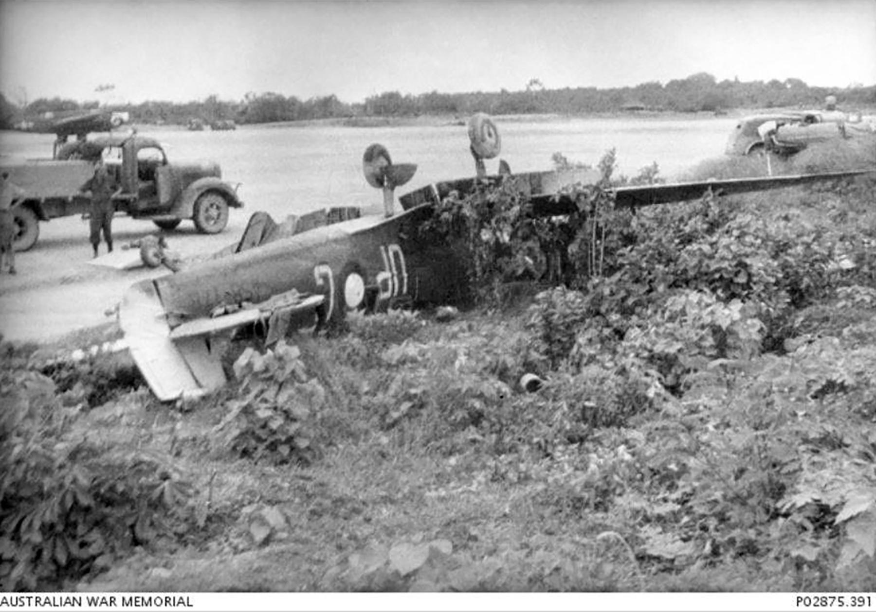Spitfire MkVc RAAF 79Sqn UPG A58 178 landing accident Kiriwina 12 Jan 1944 AWM 02