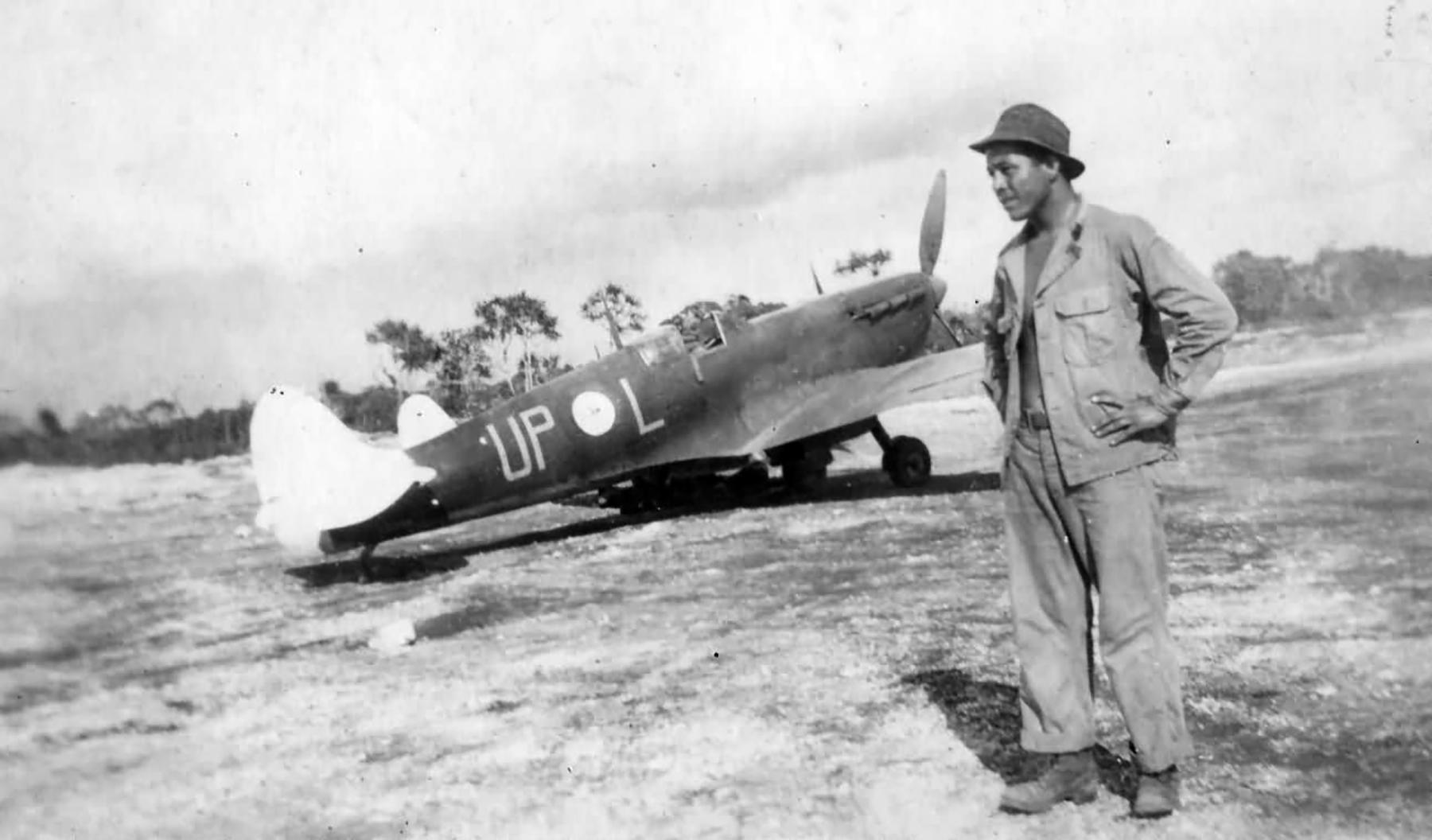 Spitfire MkVcTrop RAAF 79Sqn UPL PTO 1945 01