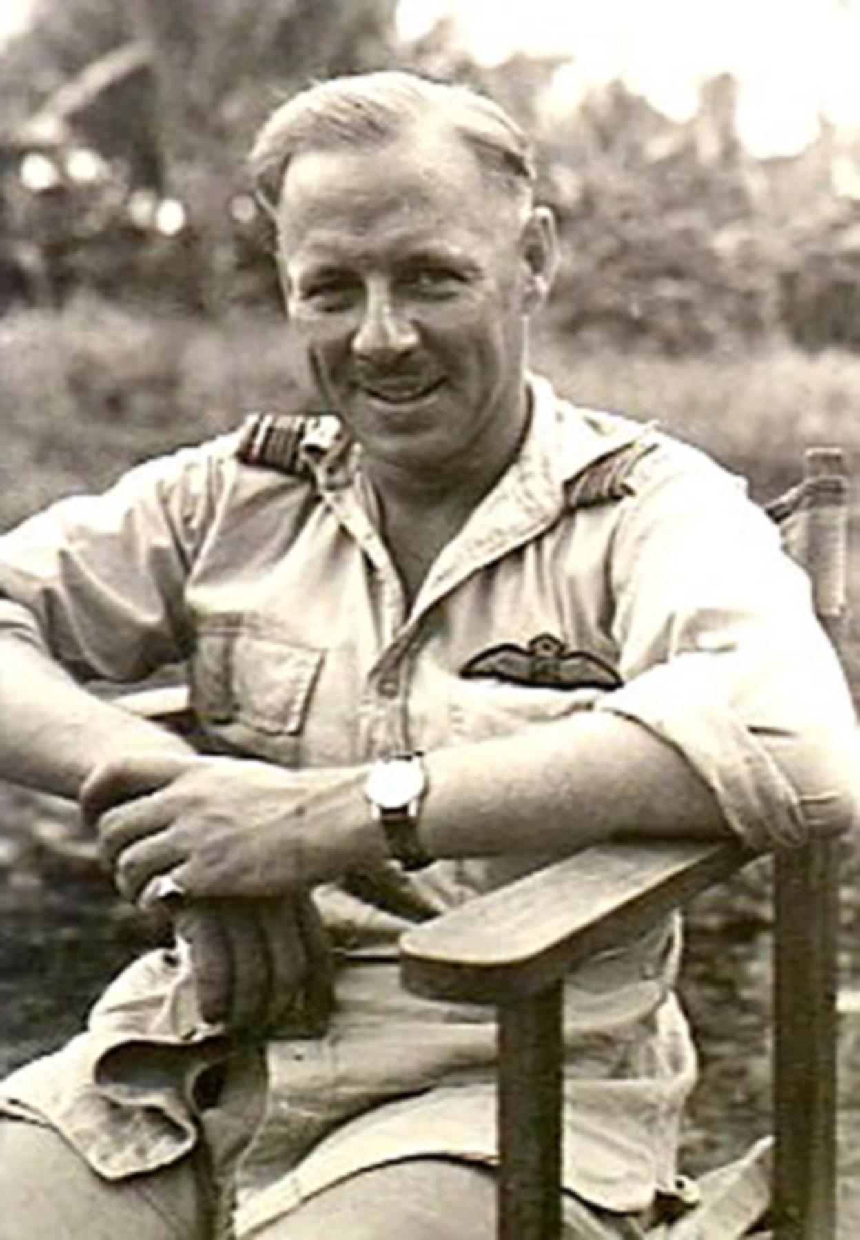 Aircrew RAAF John Waddy 1945 01
