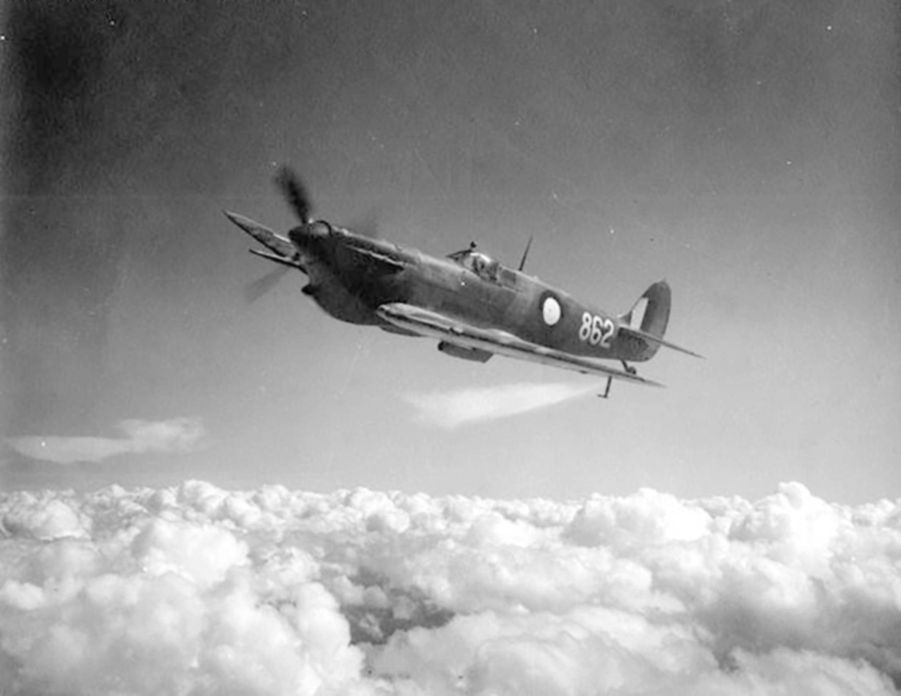 Spitfire MkVcTrop RAAF 2OTU 862 John Waddy LZ862 A58 217 Victoria 1943 01