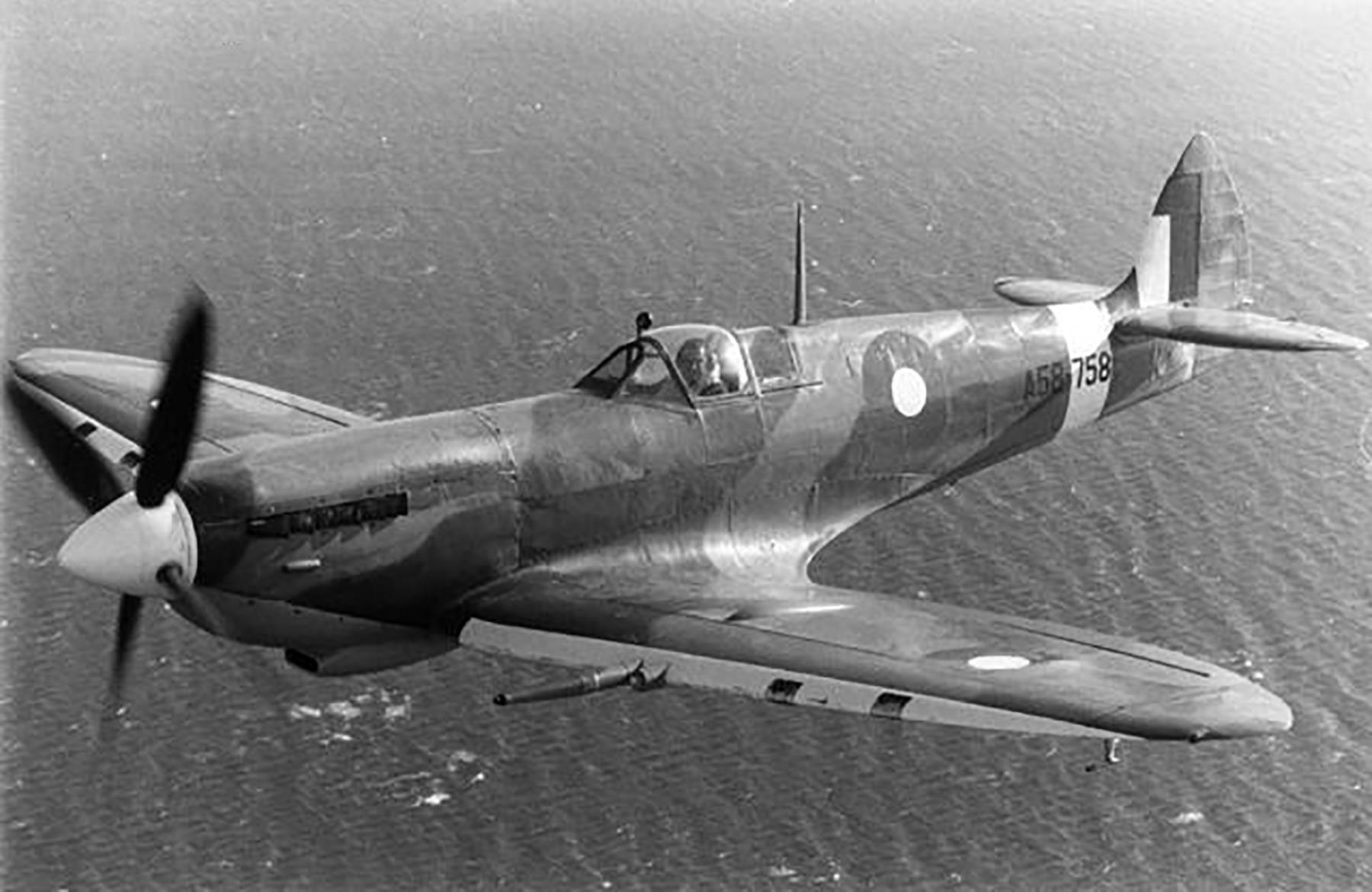 Spitfire RAAF A58 758 Australia 1945 01