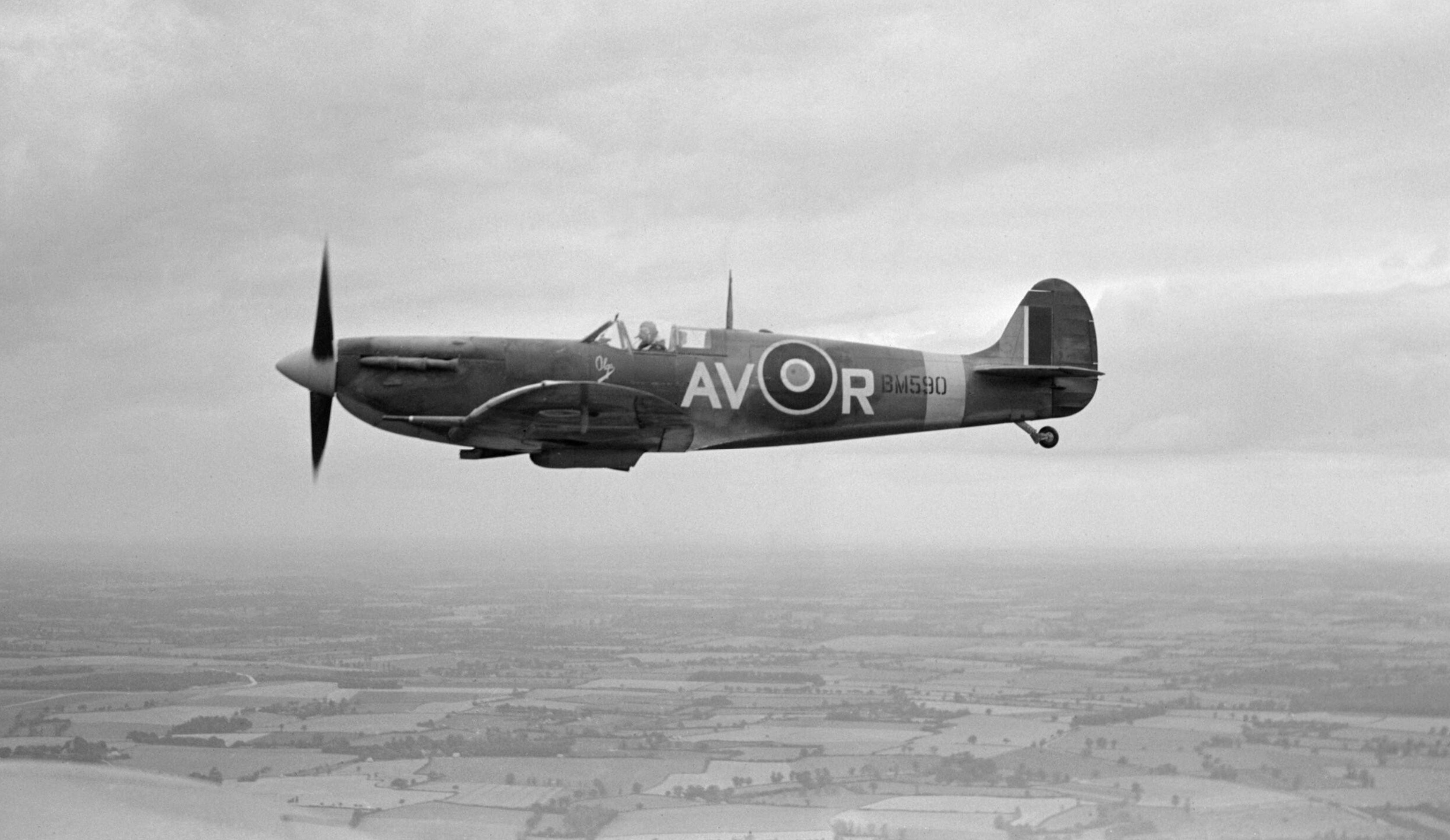 Spitfire MkVb RAF 121Sqn AVR Olg BM590 based at Debden Essex IWM CH7337