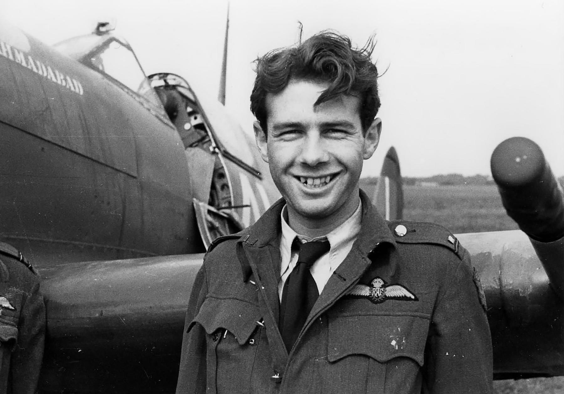 Spitfire MkVb RAF 121Sqn Barry Mahon 01