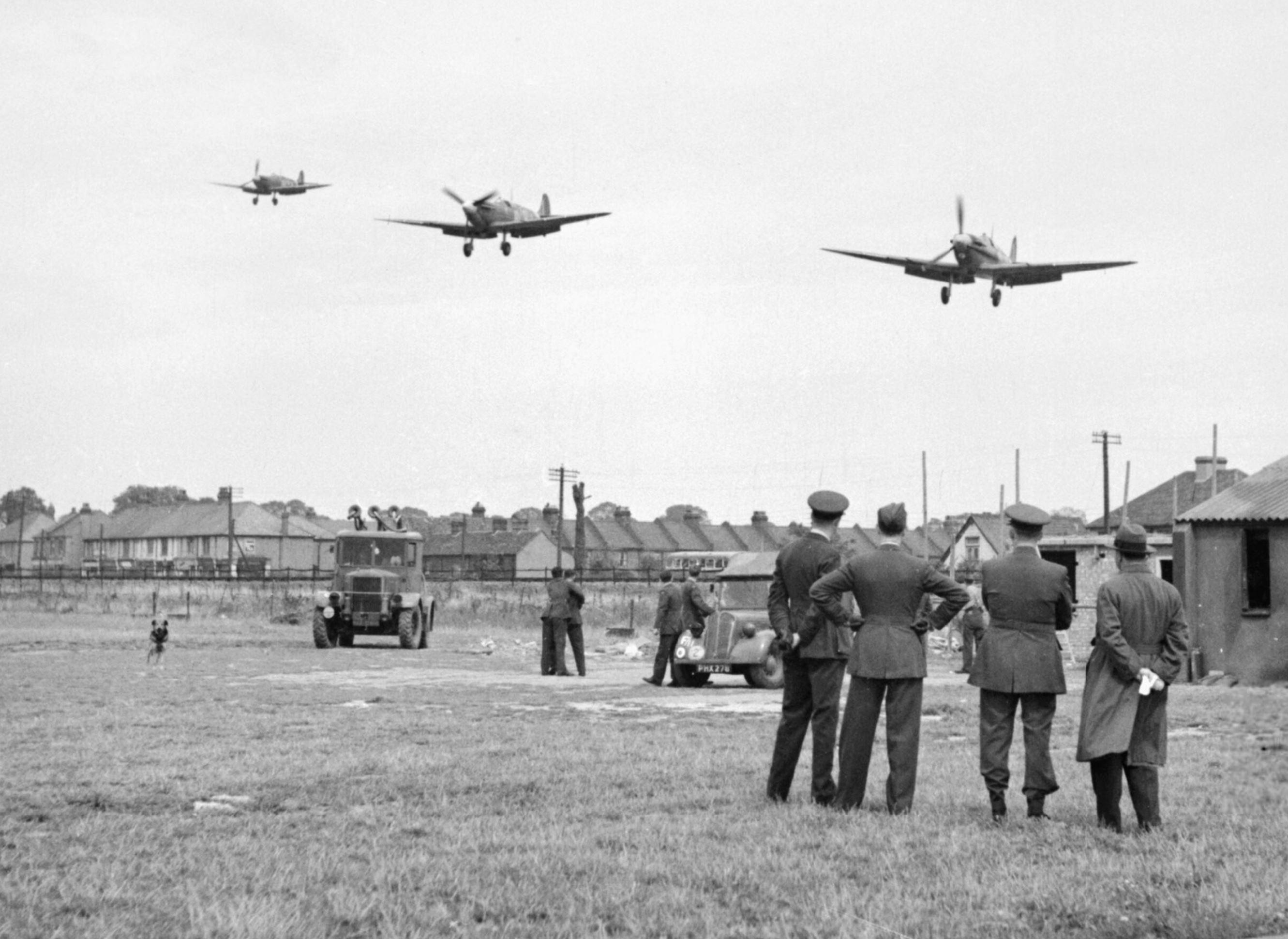 Spitfire MkVbs RAF 121Sqn landing at RAF Rochford in Essex Aug 1942 IWM D9509