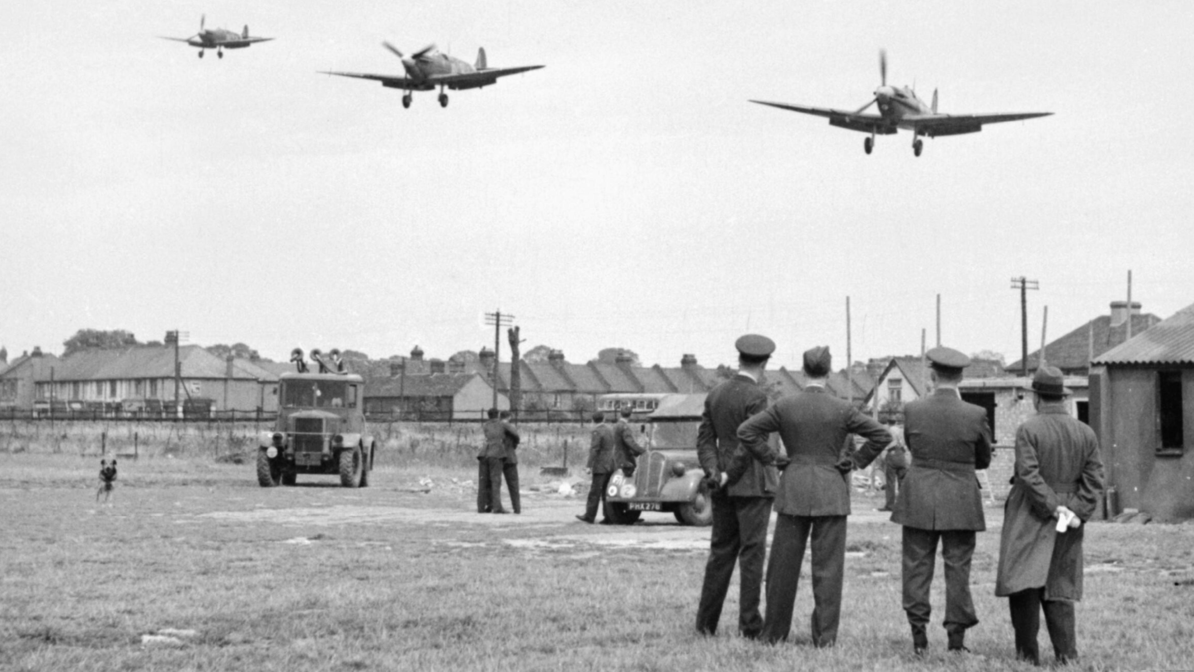 Spitfire MkVbs RAF 121Sqn landing at RAF Rochford in Essex Aug 1942 IWM D9509a