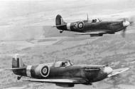 Asisbiz Spitfire MkII RAF 121Sqn P7926 Finn Thorsager flew at USAAF 4FG331FS 01