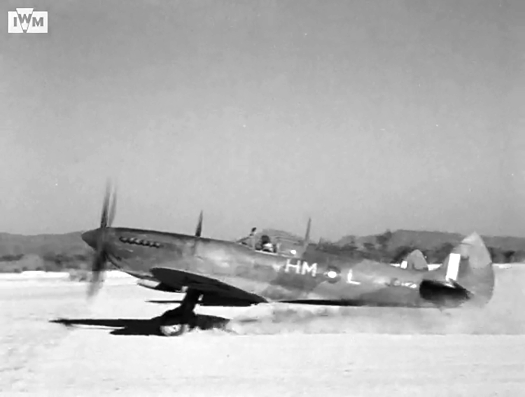 Spitfire VIII RAF 136Sqn HML JG112 at Rumkhapalong operating over Burma CBI 1944 IWM 04