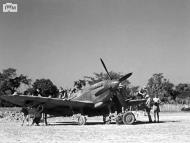 Asisbiz Spitfire VIII RAF 136Sqn HM being prepared for take off from Rumkhapalong Bangladesh CBI 1944 IWM 01