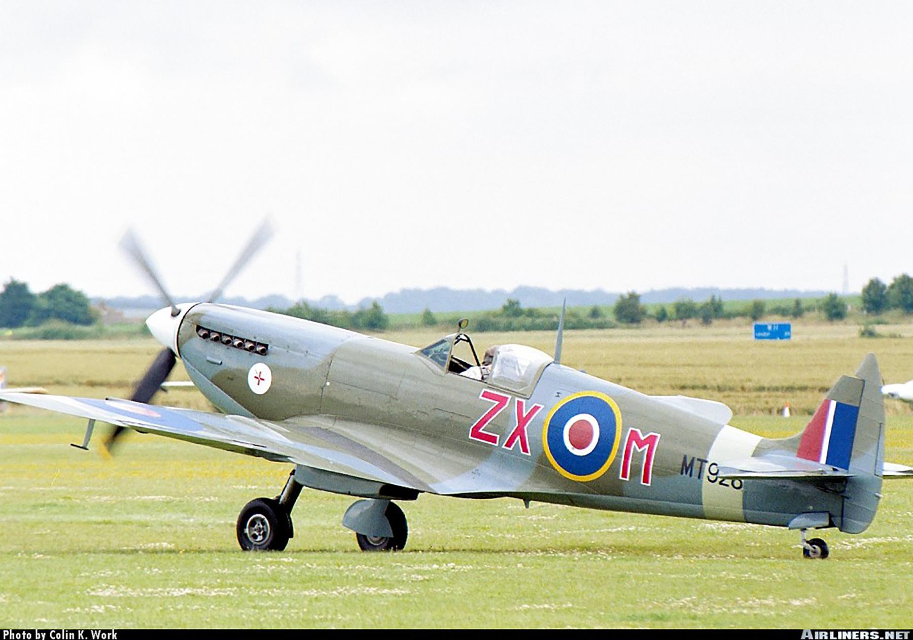 Airworthy Spitfire warbird MkVIII RAF 145Sqn ZXM MT928 04