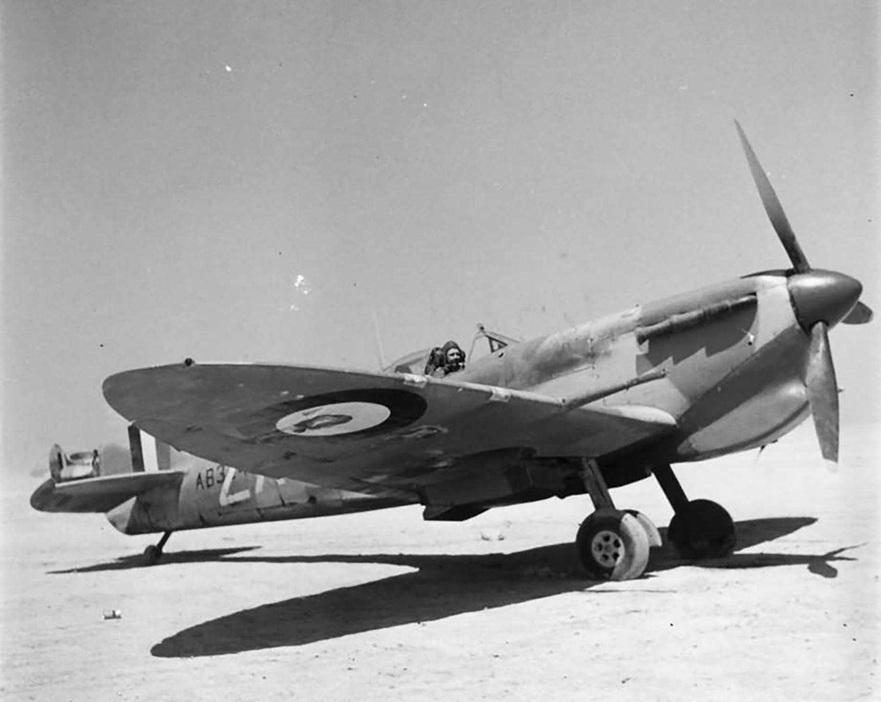 Spitfire MkVbTrop RAF 145Sqn AB324 1941 web 01