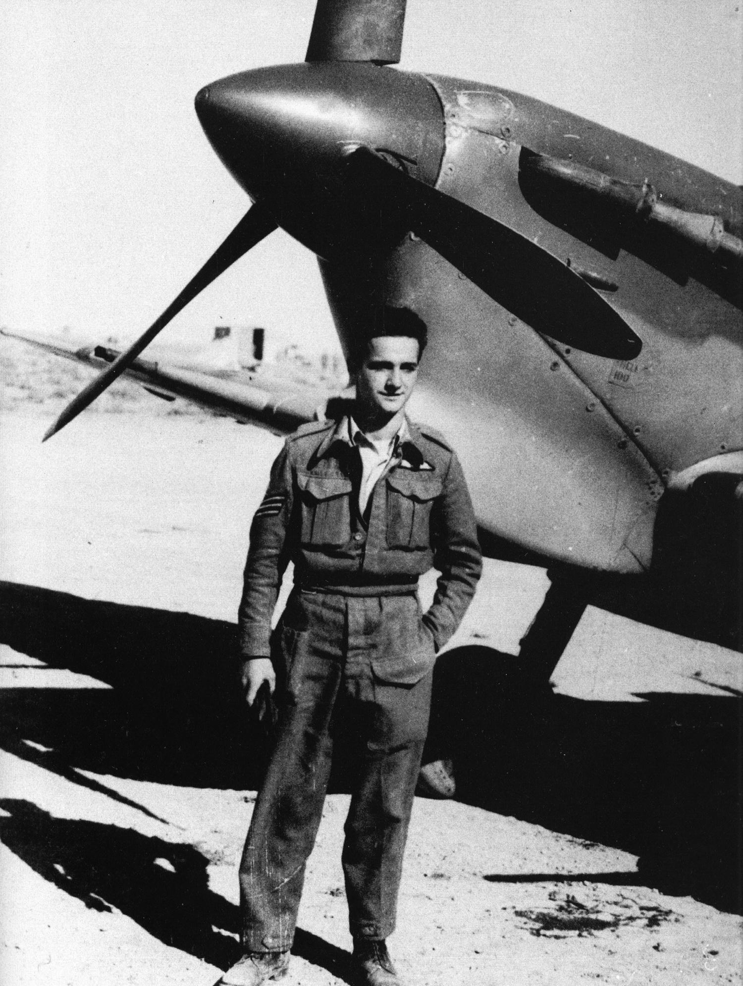 Spitfire MkVbTrop RAF 145Sqn ZXH EA Ker AB277 LG154 Egypt Jul 1942 01