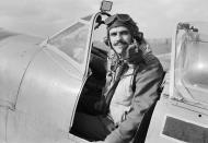 Asisbiz Aircrew RAF 145qn Sqn Ldr LC Wade at Triolo landing ground Italy 1943 IWM CNA1979