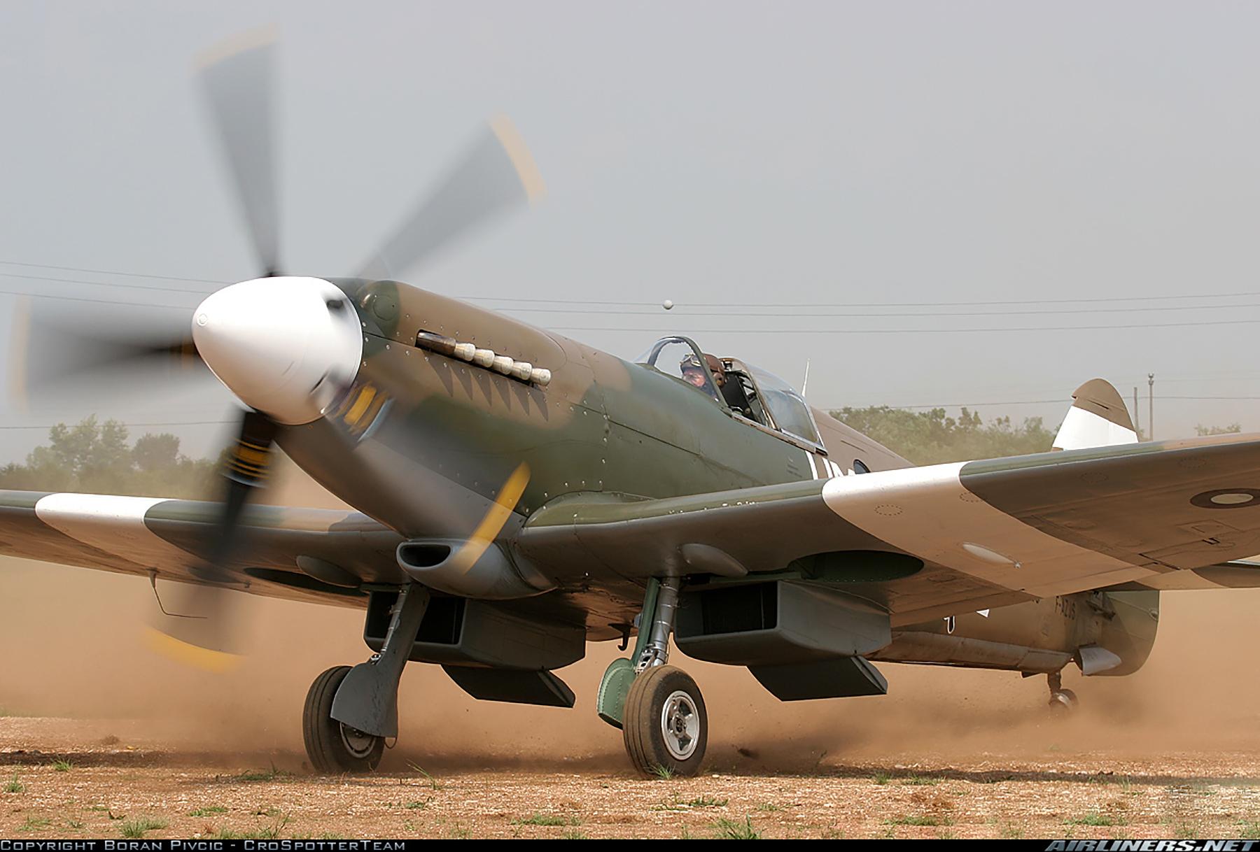 Airworthy Spitfire warbird PR19 PS890 as RAF 152Sqn UME 02