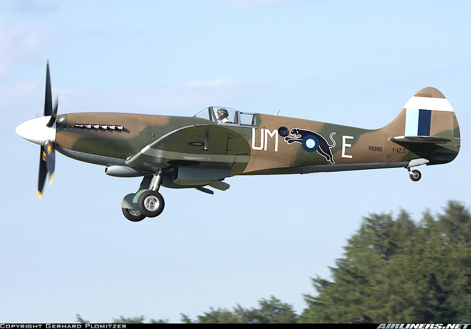 Airworthy Spitfire warbird PR19 PS890 as RAF 152Sqn UME 15