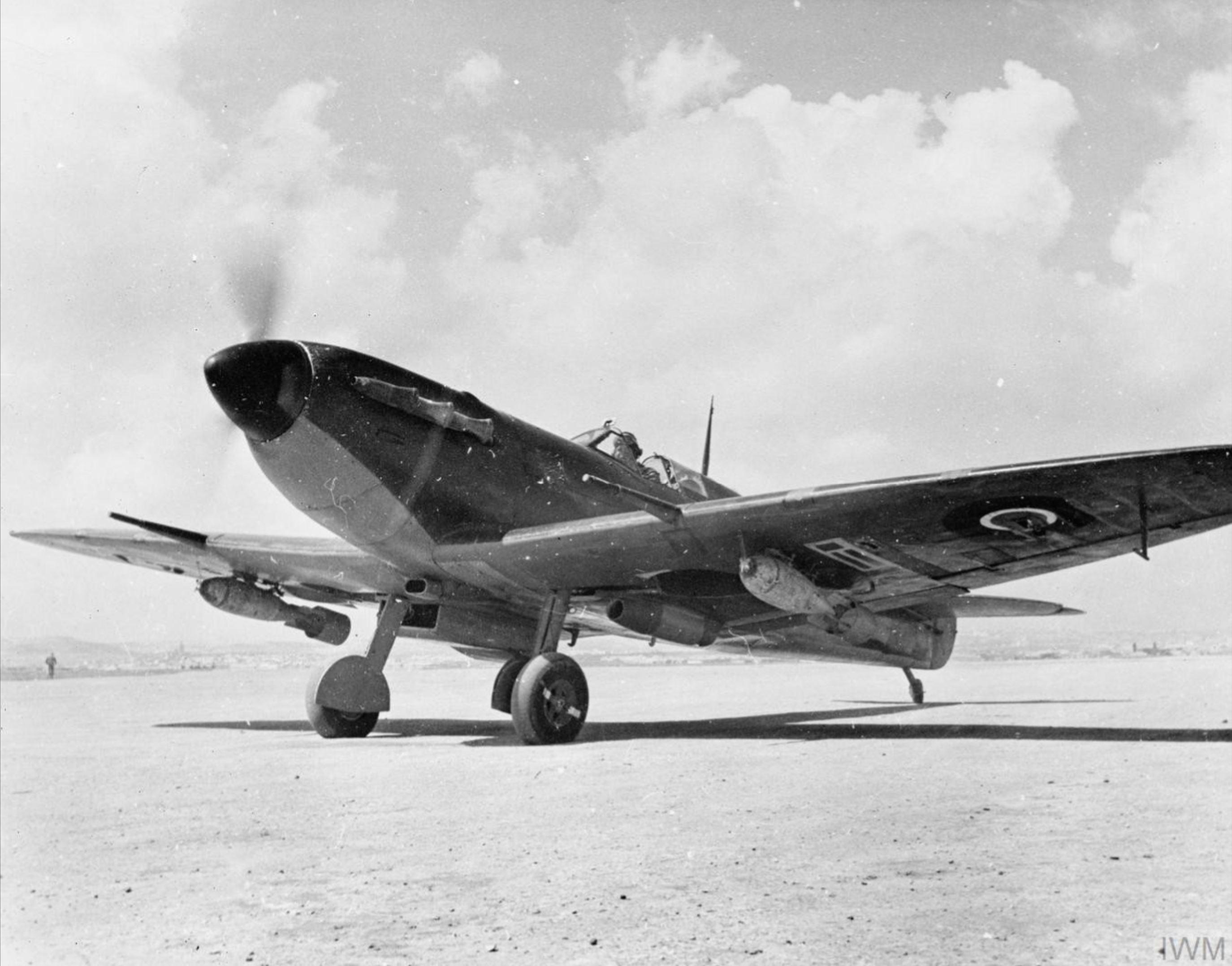Spitfire MkVb RAF 152Sqn at Souk el Khemis Tunisia Mar 1943 IWM CM5082