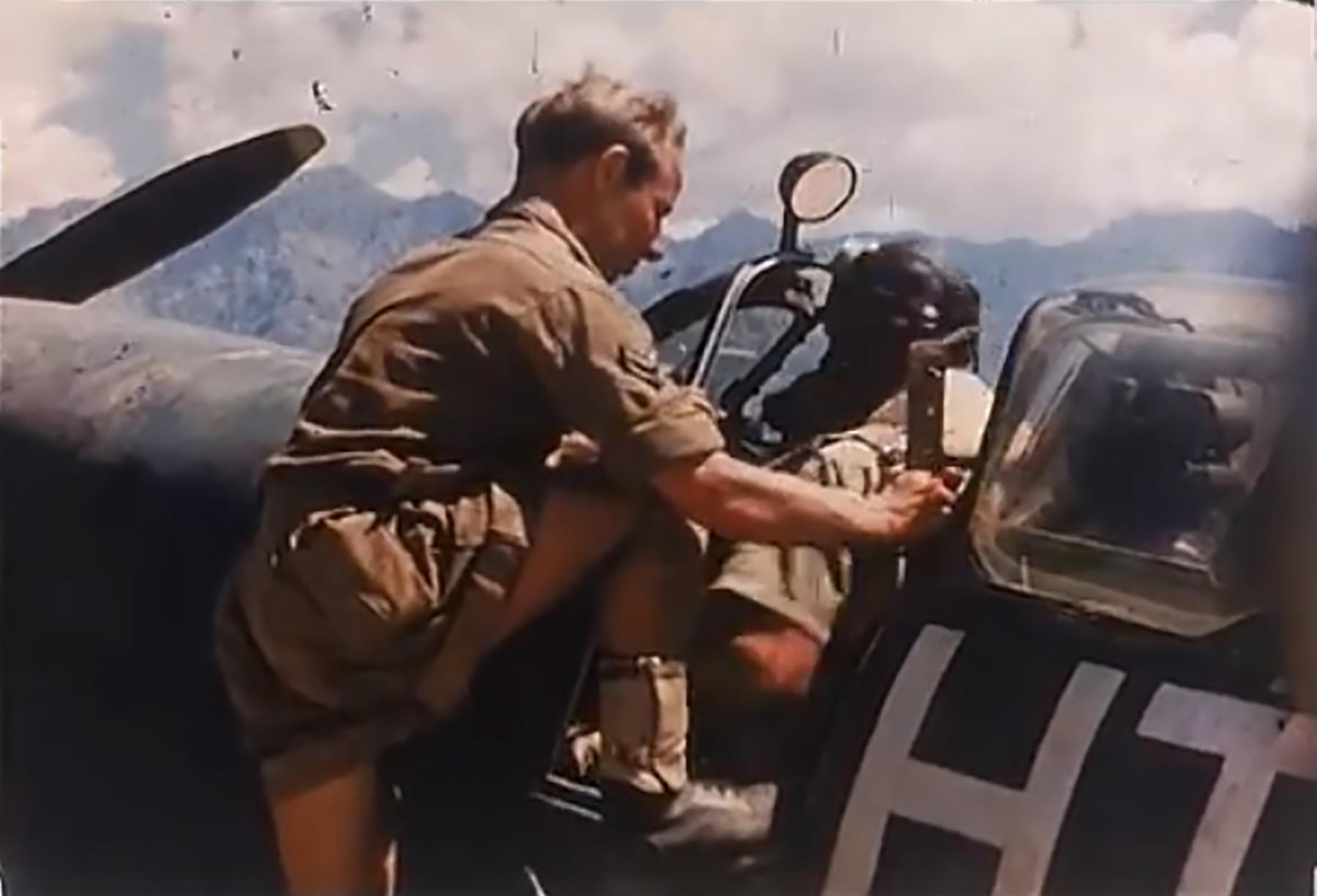 Spitfire LFIXc RAF 154Sqn HTE Corsica 1944 02
