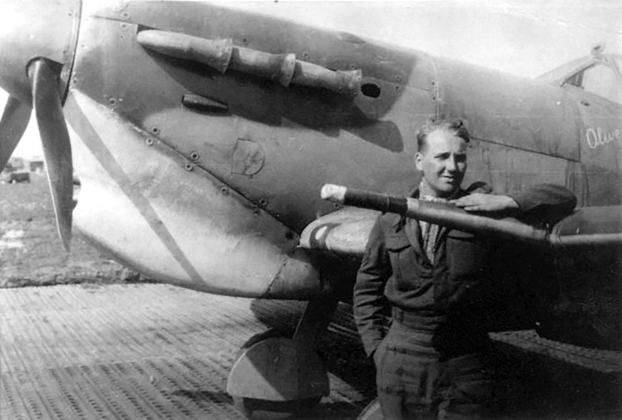 Spitfire MkVcTrop RAF 154Sqn CP JK742 named Olive FSgt Harold Groombridge North Africa Apr 1943 01