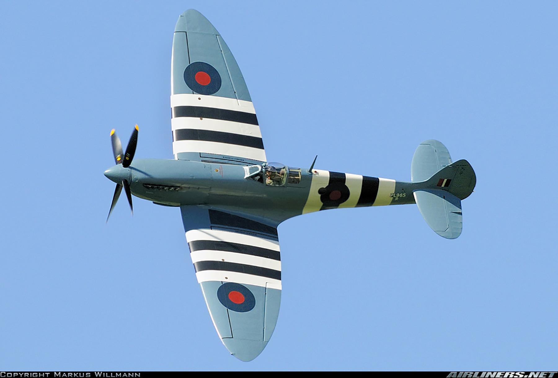 Airworthy Spitfire warbird PRXI RAF 16Sqn R PL965 14