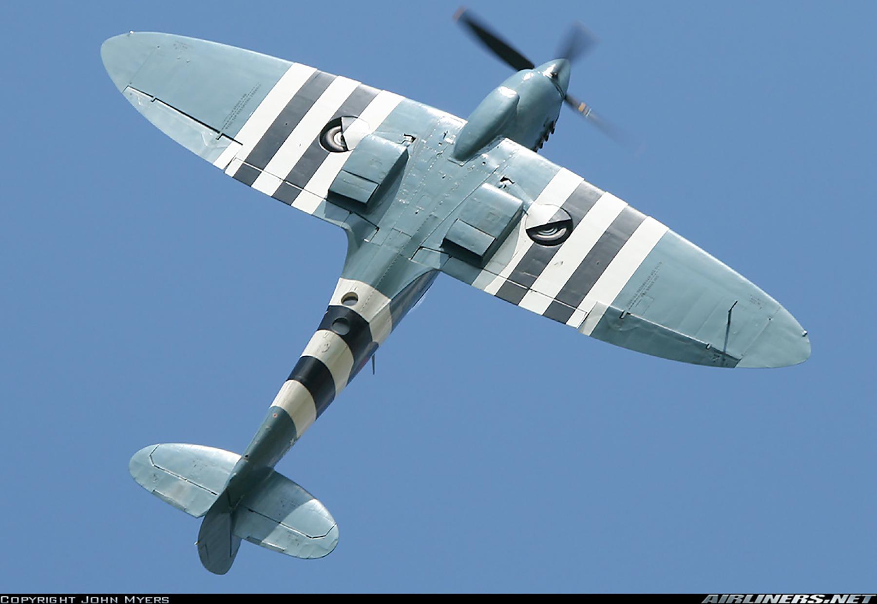 Airworthy Spitfire warbird PRXI RAF 16Sqn R PL965 22
