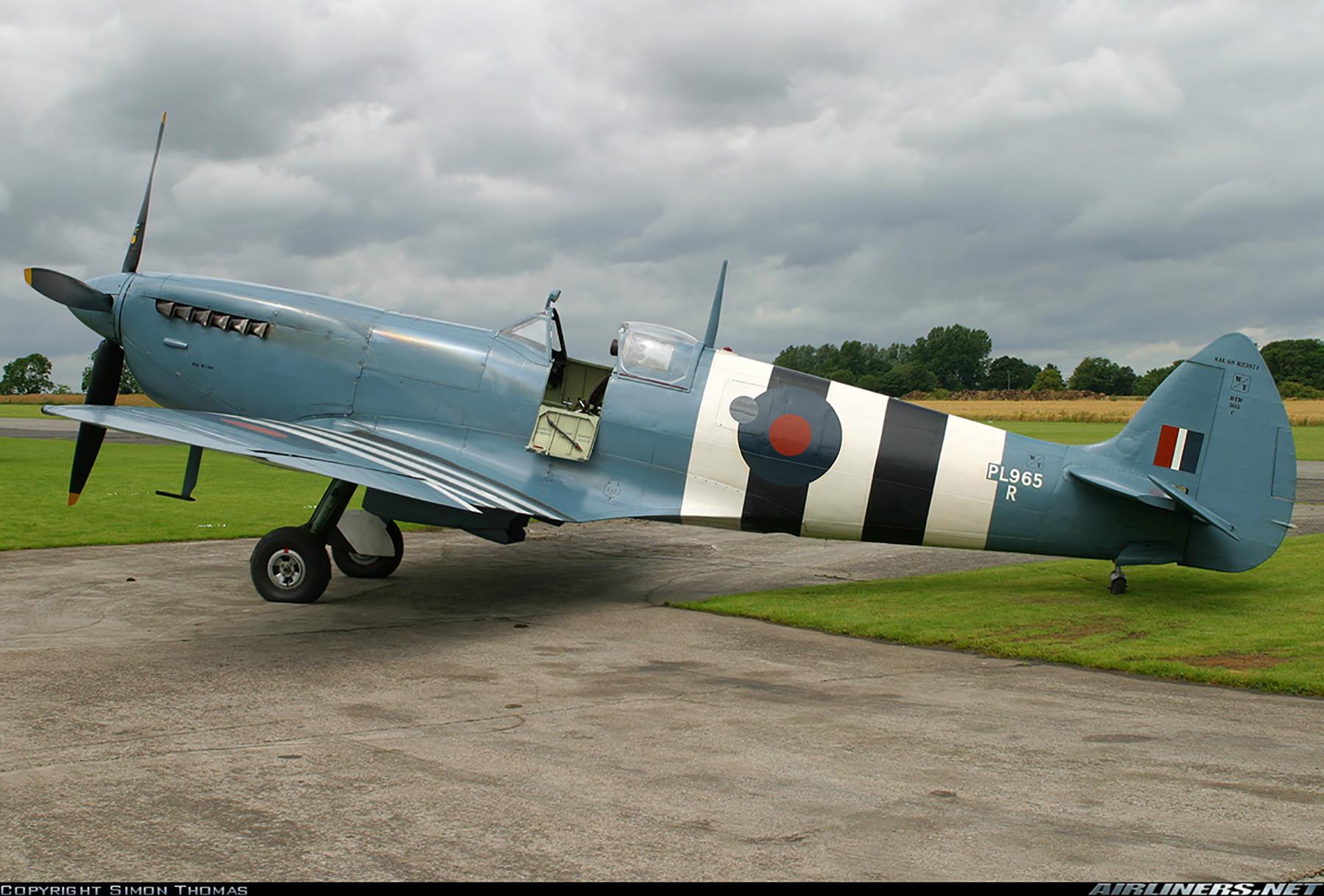 Airworthy Spitfire warbird PRXI RAF 16Sqn R PL965 23