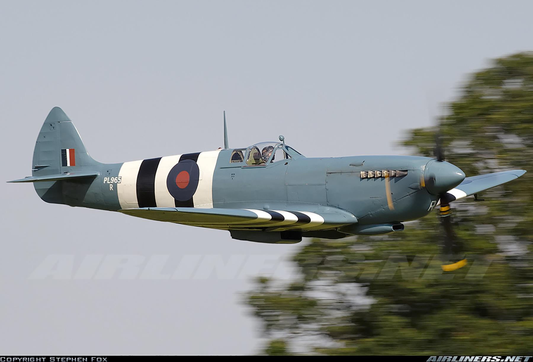 Airworthy Spitfire warbird PRXI RAF 16Sqn R PL965 27