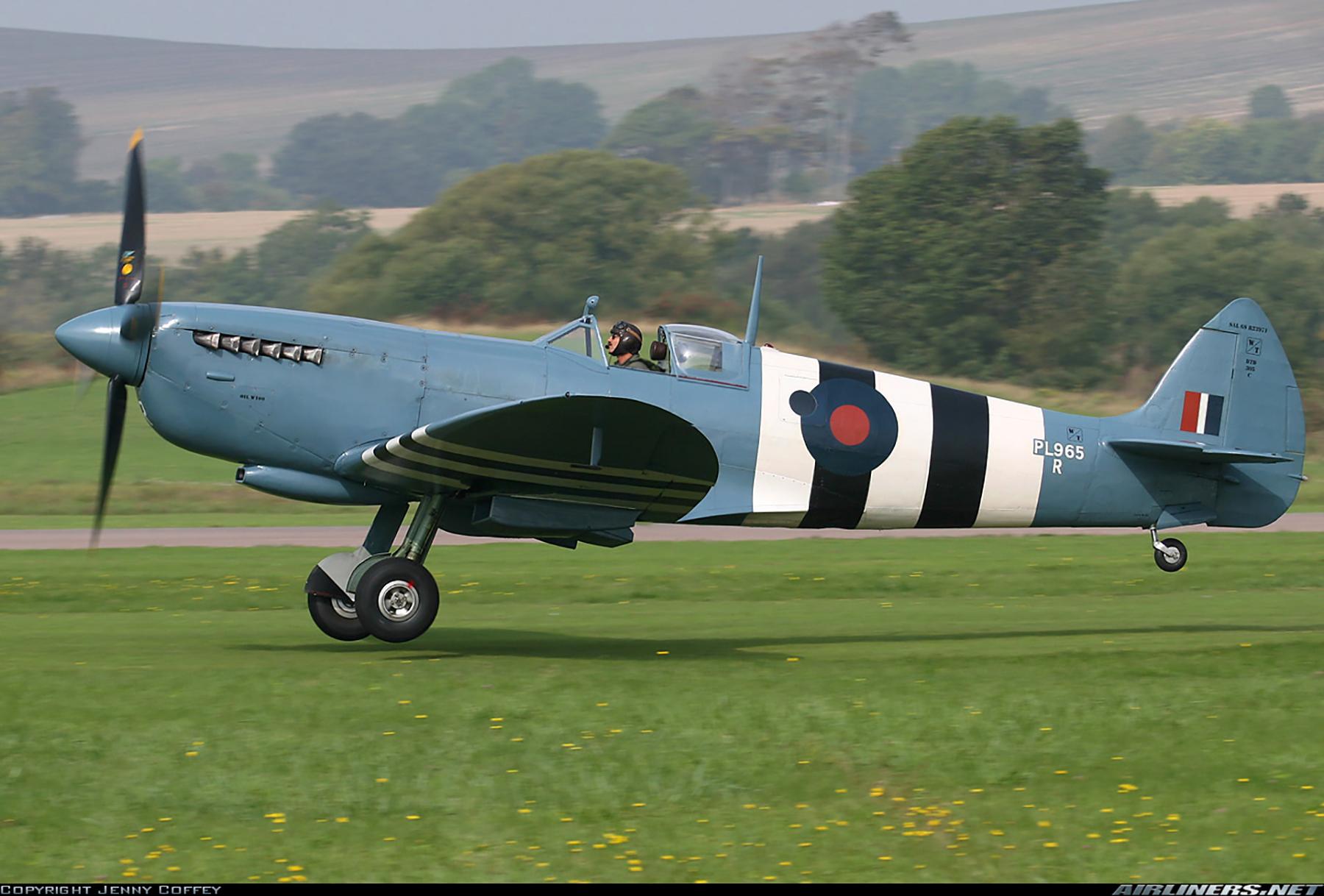Airworthy Spitfire warbird PRXI RAF 16Sqn R PL965 28