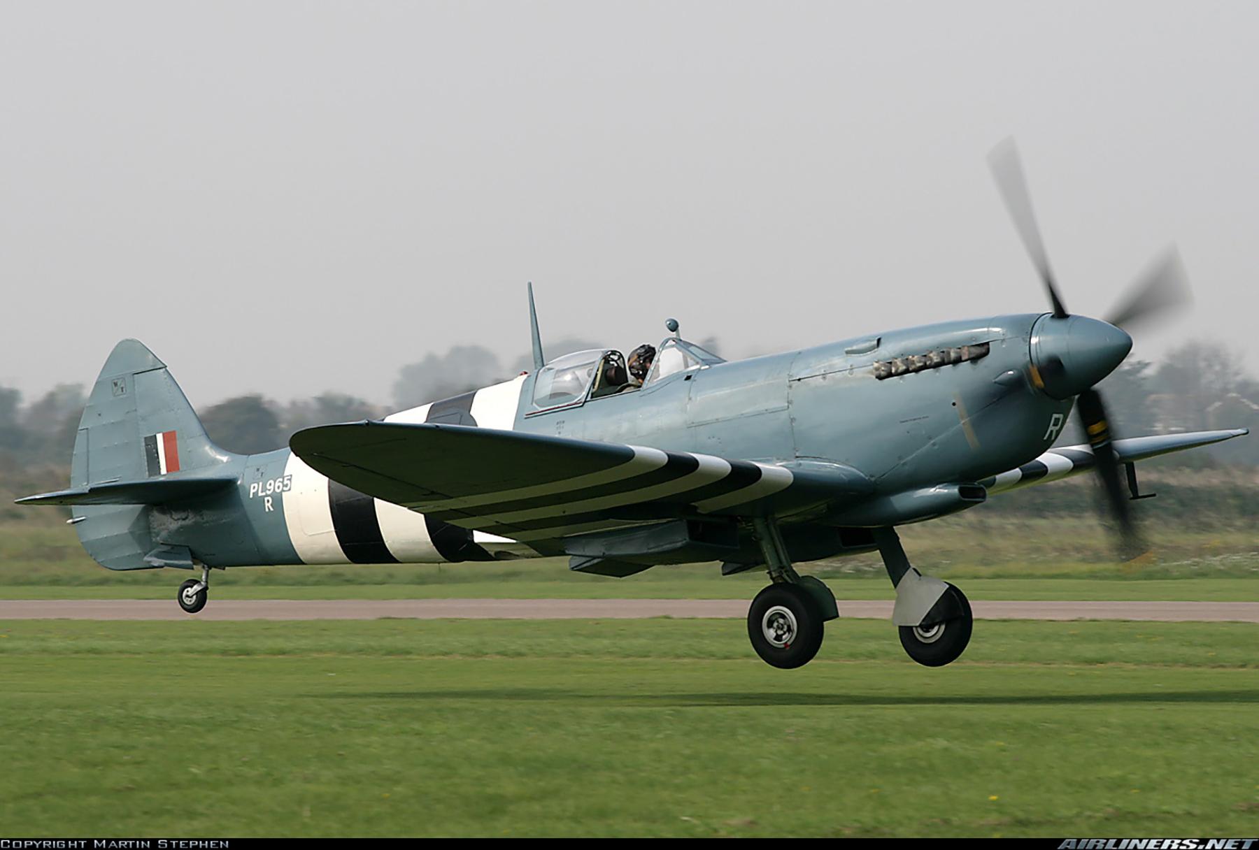 Airworthy Spitfire warbird PRXI RAF 16Sqn R PL965 29