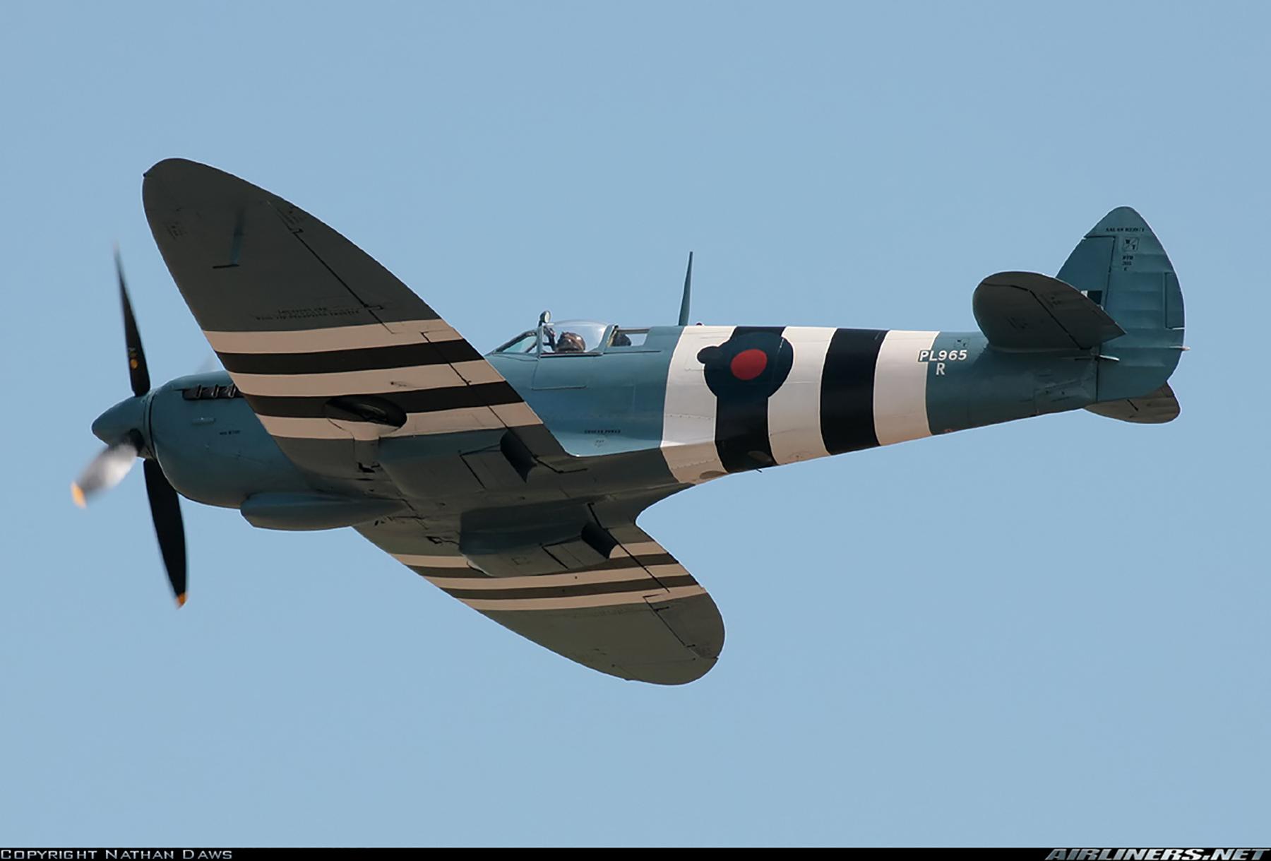 Airworthy Spitfire warbird PRXI RAF 16Sqn R PL965 34