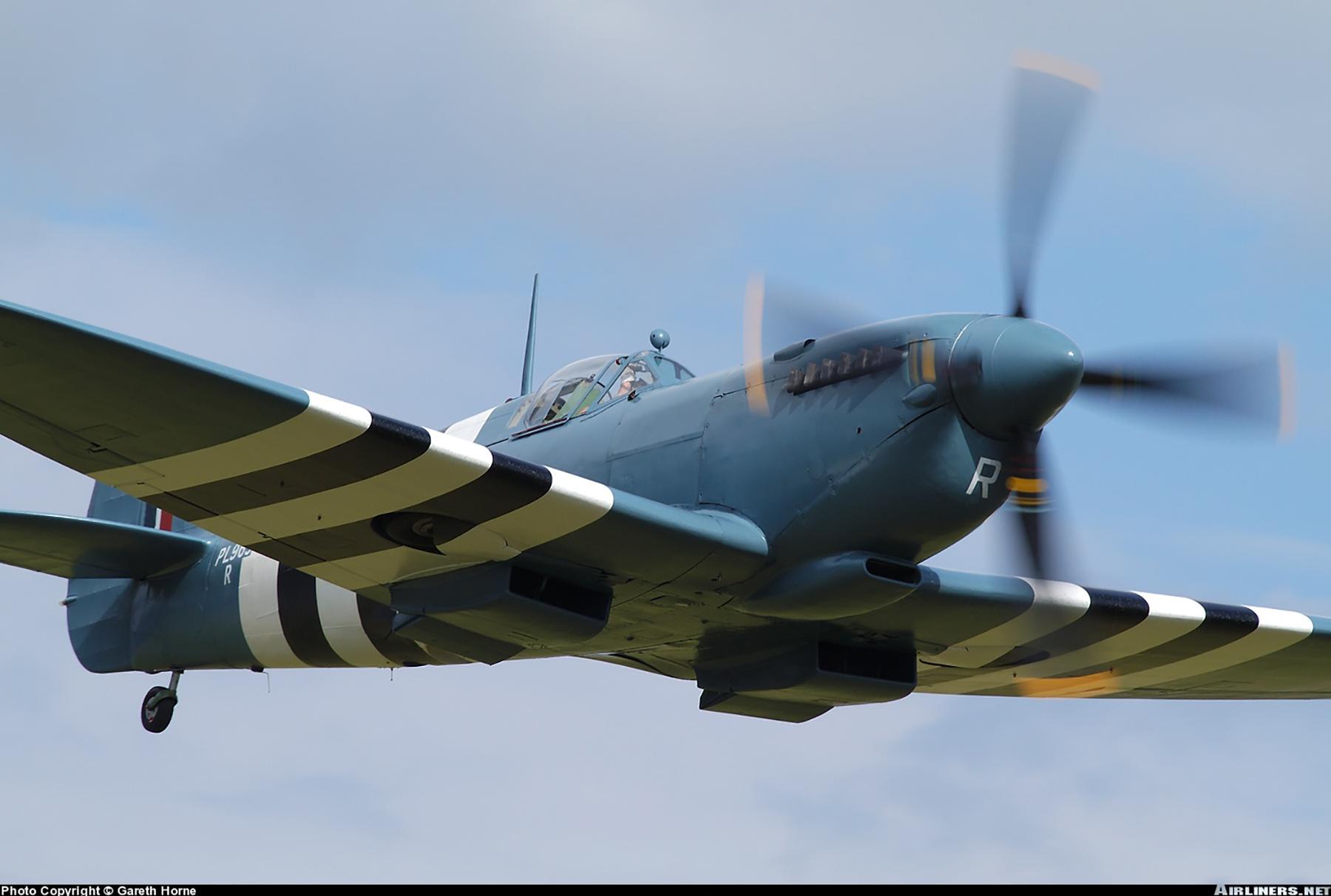 Airworthy Spitfire warbird PRXI RAF 16Sqn R PL965 39
