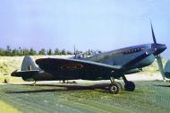 Asisbiz Spitfire PRXI RAF 400Sqn PM133 RAF Benson 01