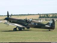 Asisbiz Airworthy Spitfire warbird RAF 17Sqn YBA SM832 04