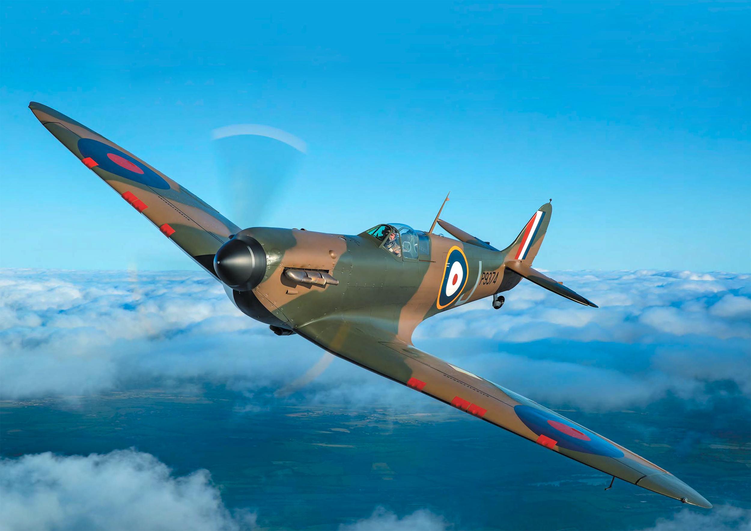 Airworthy Spitfire warbird MkI RAF 19Sqn J P9374 Aeroplane Sept 2015 02