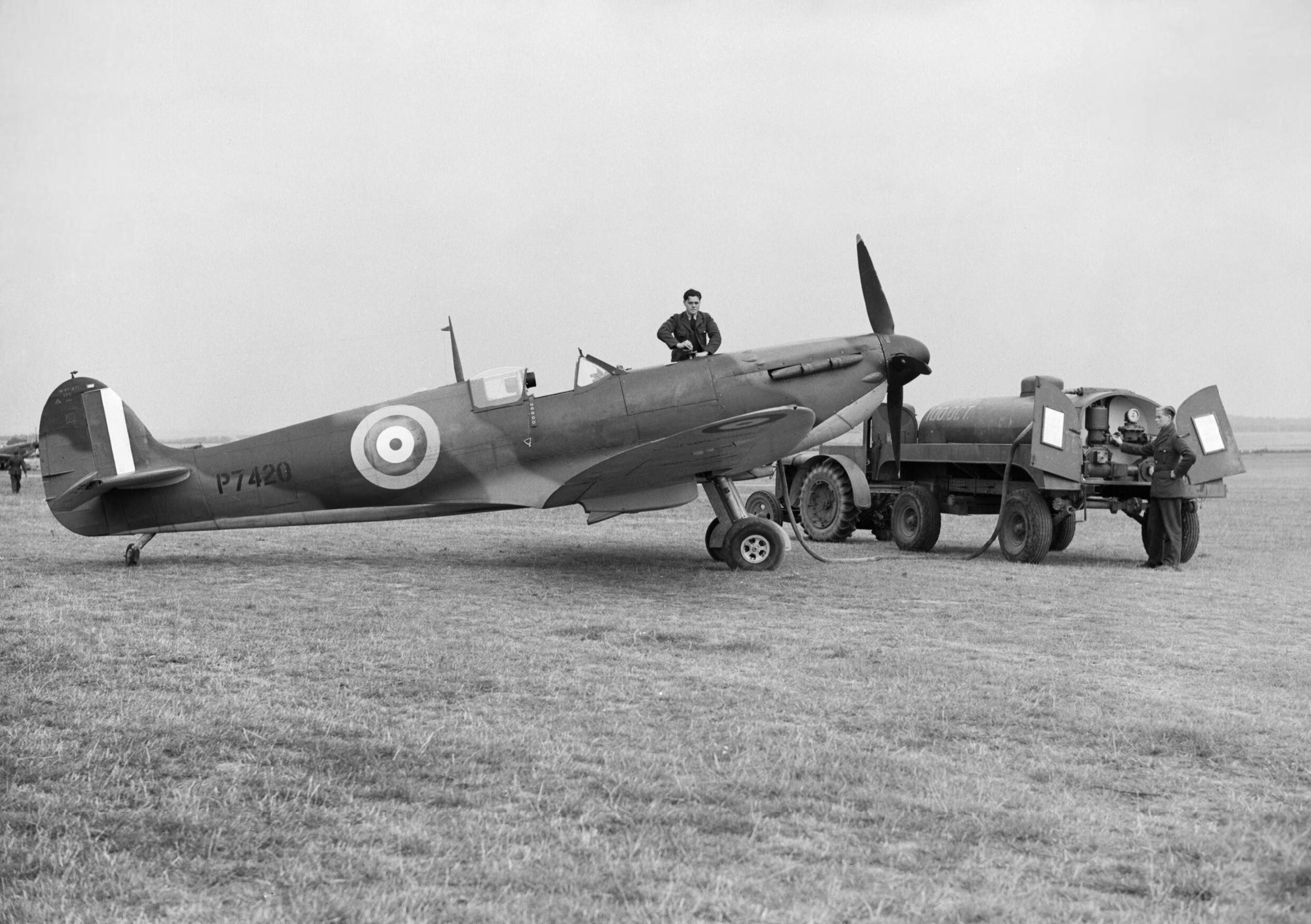 Spitfire MkIIa RAF 19Sqn P7420 at Fowlmere Cambridgeshire IWM CH1357