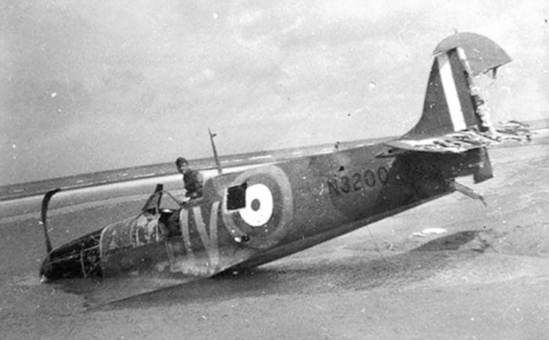 Spitfire MkIa RAF 19Sqn QV N3200 SLdr GD Stephenson POW Dunkerque 26th May 1940 03