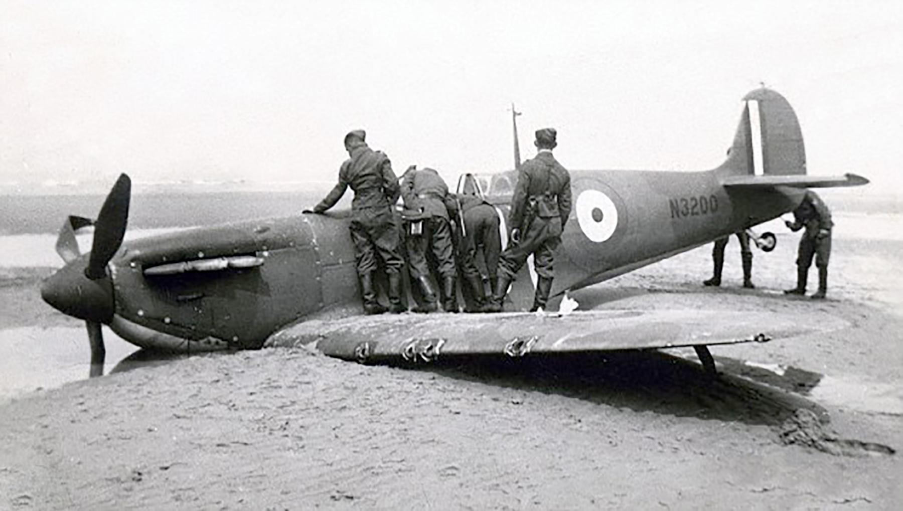 Spitfire MkIa RAF 19Sqn QV N3200 SLdr GD Stephenson POW Dunkerque 26th May 1940 04