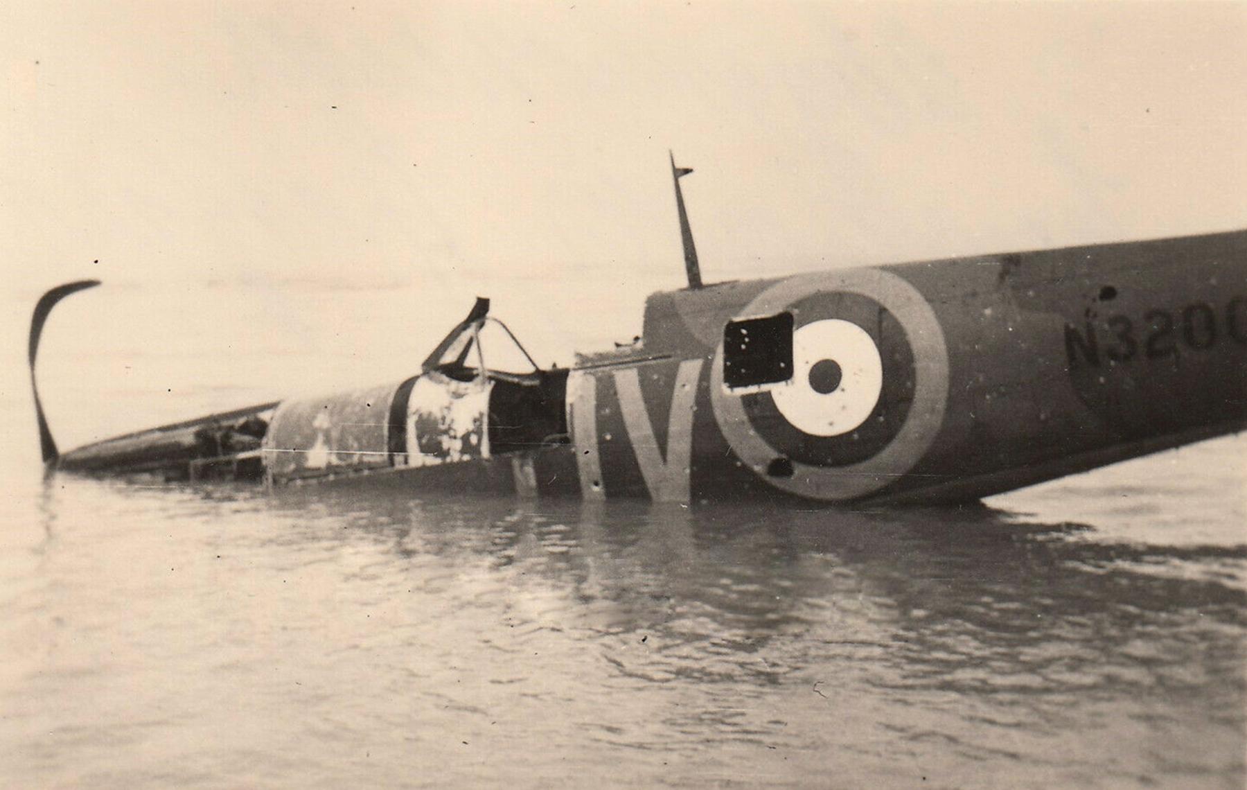 Spitfire MkIa RAF 19Sqn QV N3200 SLdr GD Stephenson sd during operation Dynamo Dunkirk 26th May 1940 02