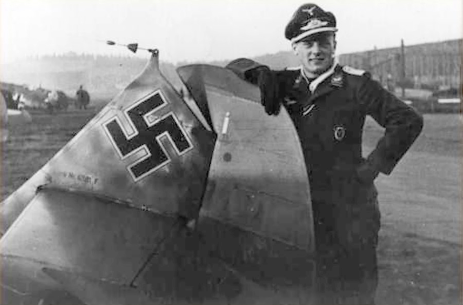 Aircrew Bf 109E IJG1 Dieter Gerhardt WNr 6381 Norway March 5 1942 01