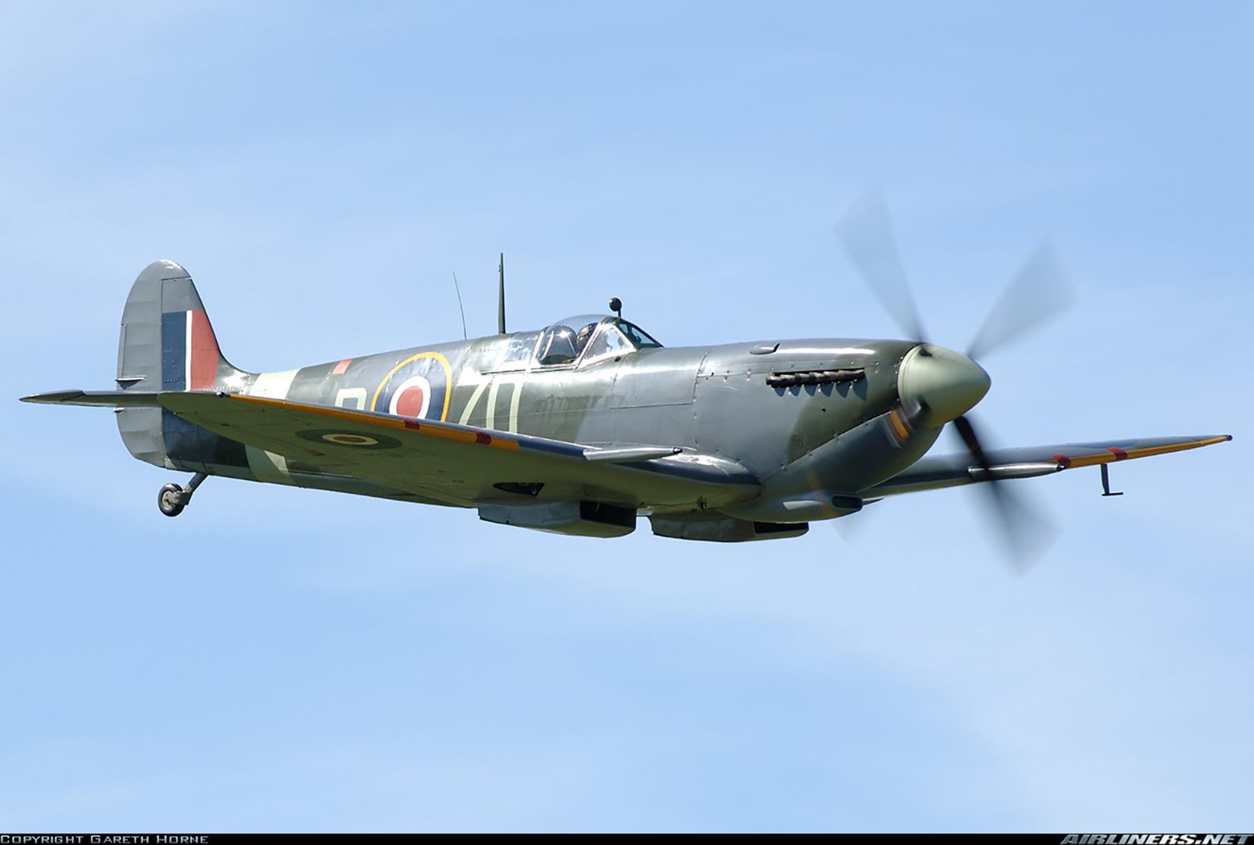 Airworthy Spitfire warbird RAF 222Sqn ZDB MH434 England 01