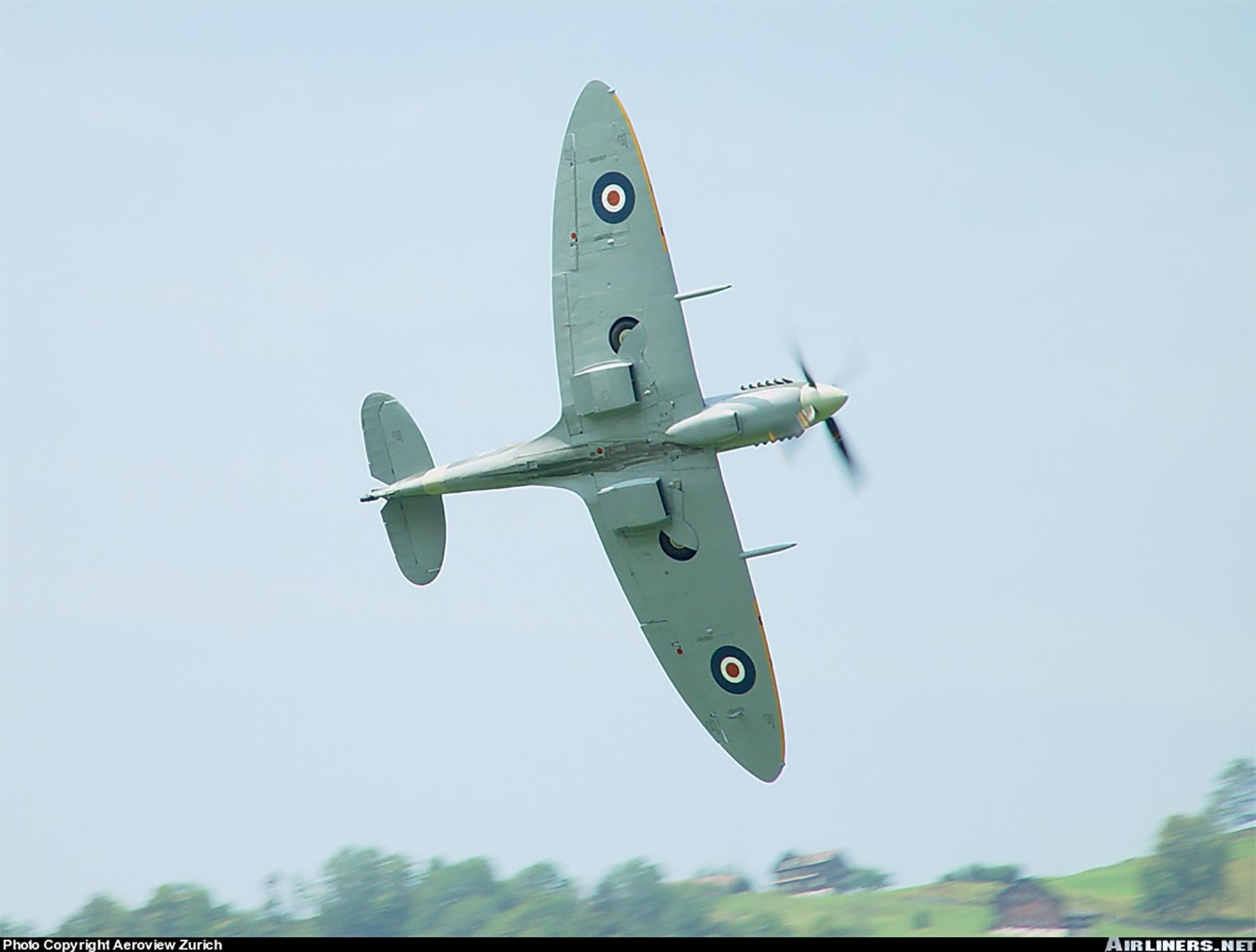 Airworthy Spitfire warbird RAF 222Sqn ZDB MH434 England 07