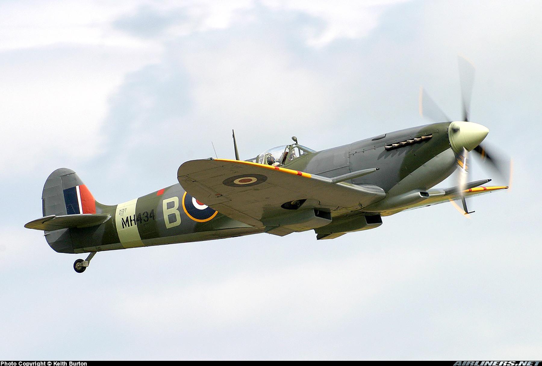 Airworthy Spitfire warbird RAF 222Sqn ZDB MH434 England 13