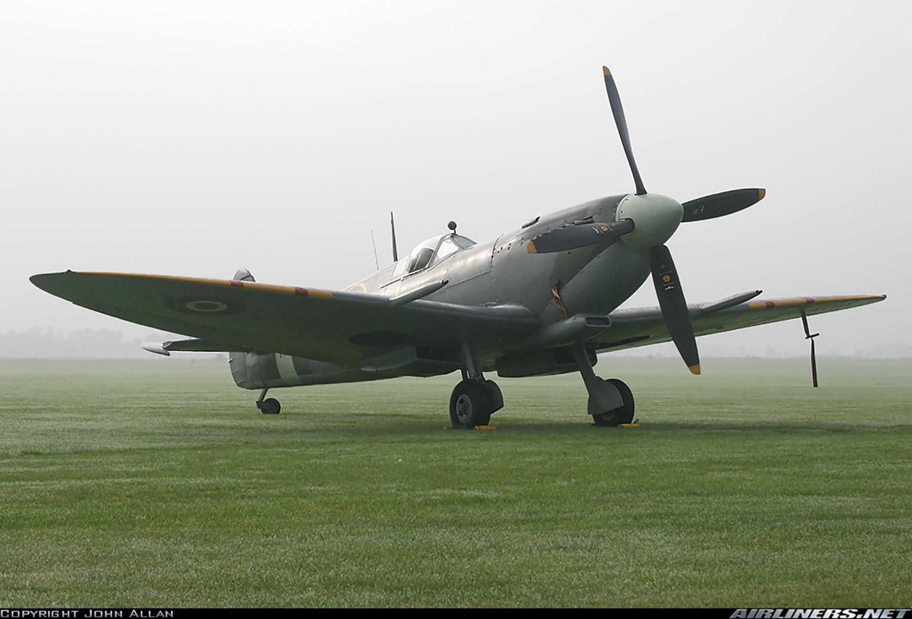 Airworthy Spitfire warbird RAF 222Sqn ZDB MH434 England 16