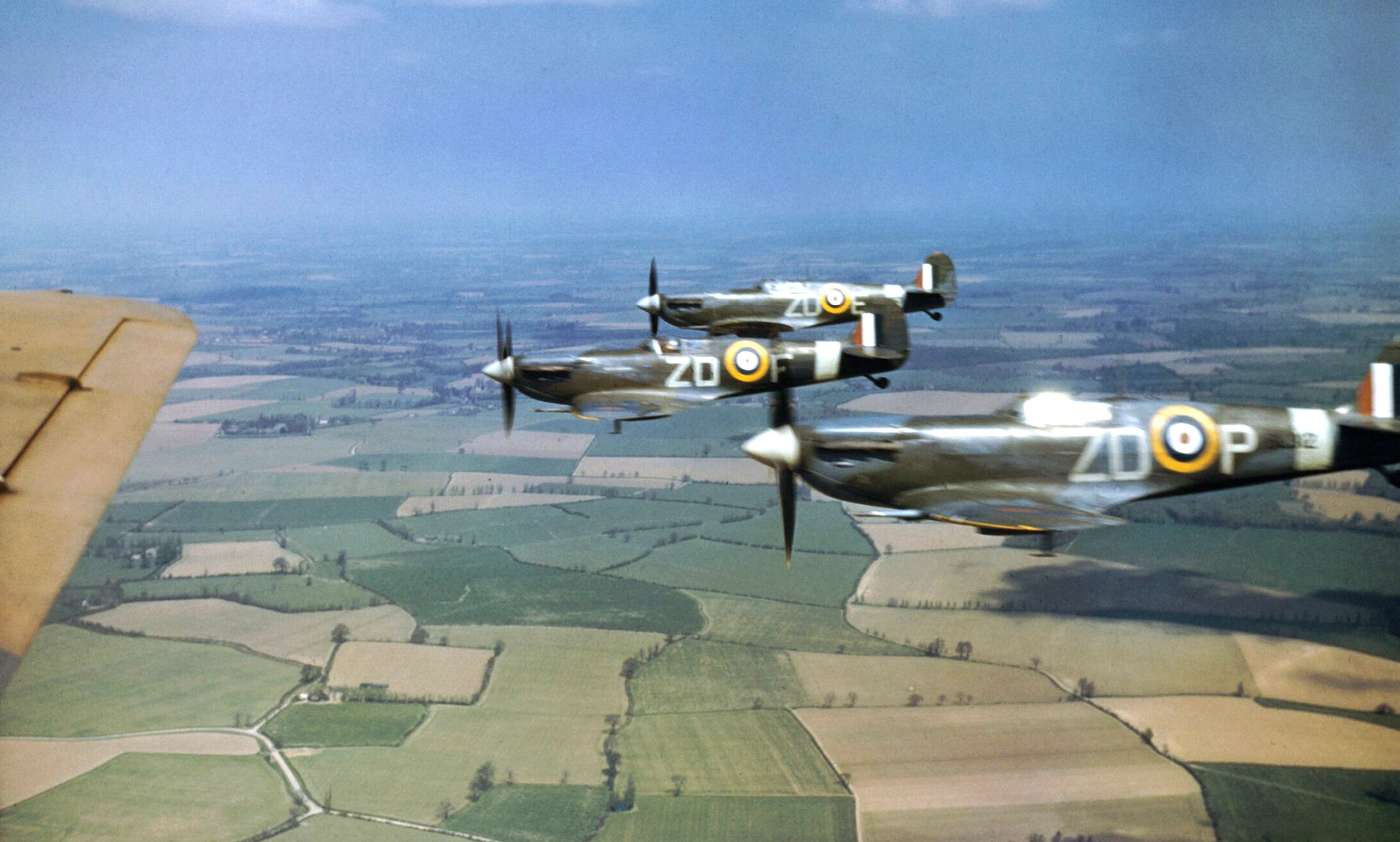 Spitfire MkVbs RAF 222Sqn ZDP ZDF and ZDE based at North Weald IWM COL190