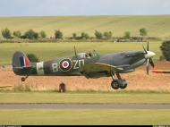 Asisbiz Airworthy Spitfire warbird RAF 222Sqn ZDB MH434 England 22