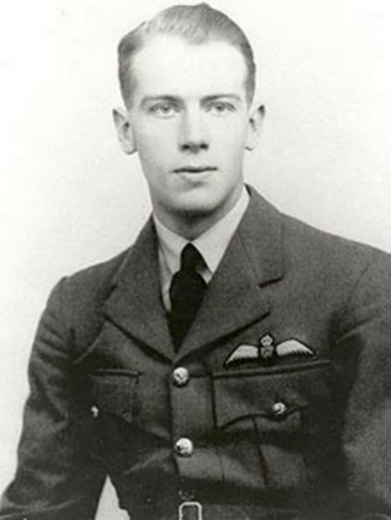 Aircrew RAF 234Sqn Robert Francis Thomas Doe or Bob Doe 01
