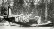 Asisbiz Spitfire MkIa RAF 234Sqn AZB forced landed Cherbourg France Aug 15 1940 03