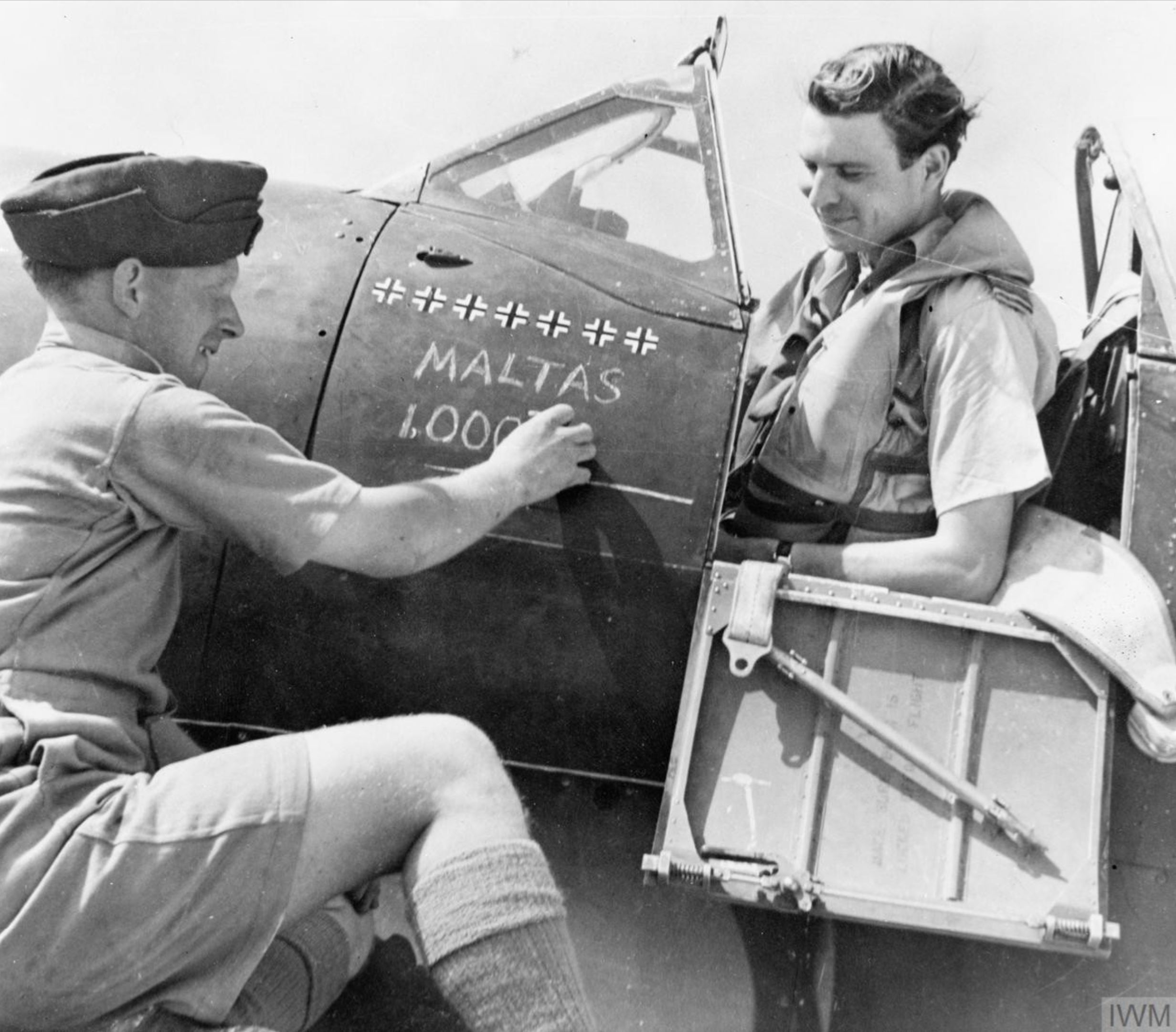 Aircrew RAF 249Sqn John Lynch was credited with Maltas 1000 aerial victory IWM CM5096