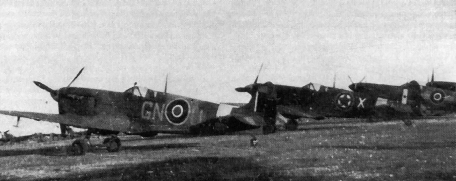 Spitfire MkVbTrop RAF 249Sqn GNU Italy 1944 01