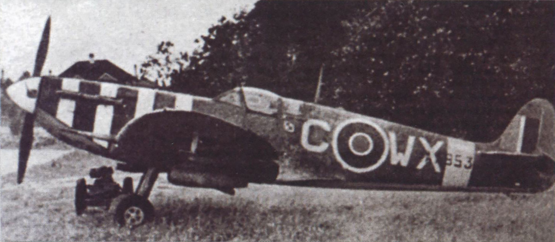 Spitfire MkVb RAF 302Sqn WXC AA853 during the Dieppe landing England Aug 1942 Military Revue Sep 2013 P16